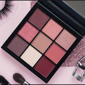 💕Huda Beauty Mauve Obsessions Eyeshadow Palette